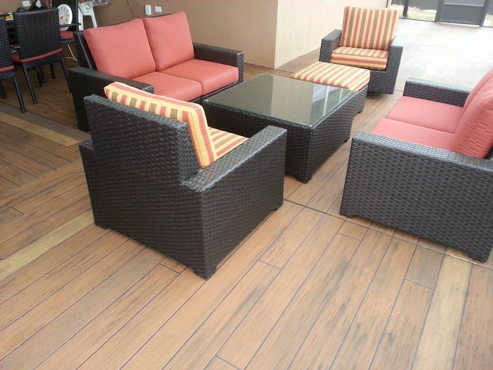 Wood deck lanai