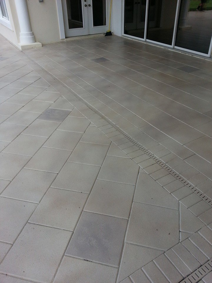 Concrete Patio Edge Ideas: Modern Edge Decorative Concrete