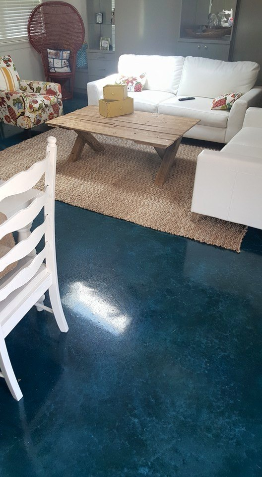 pool house blue stain